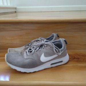 Nike air Max grey sneakers shoes size 8.5